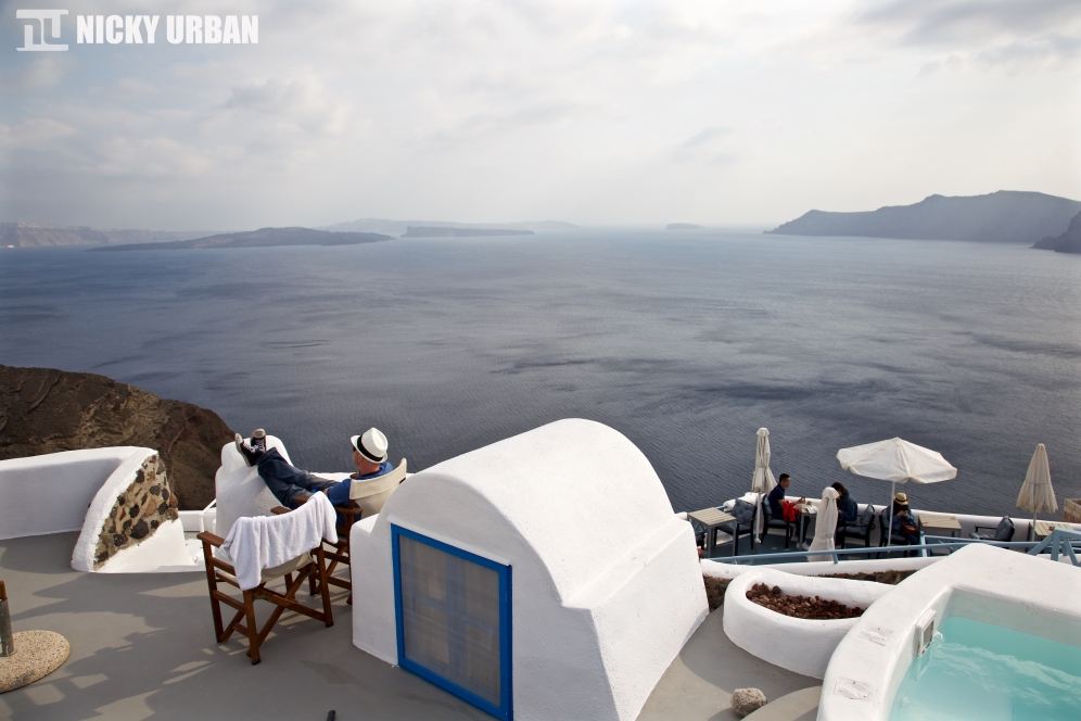 Perfect relaxing vacation at Oia, Santorini